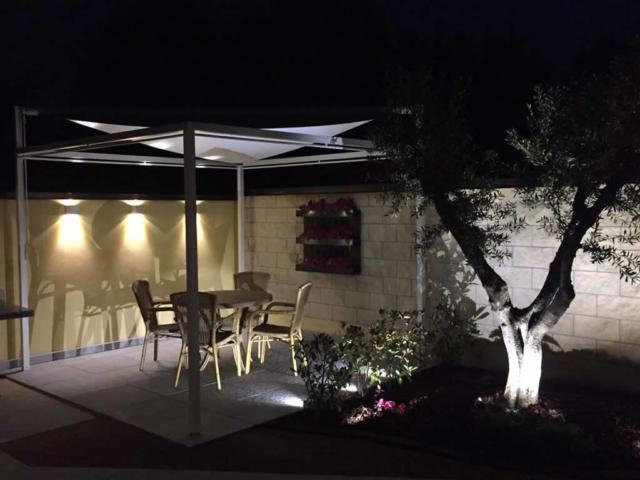 Illuminazione giardino led misinto la luce - Illuminazione giardino ...